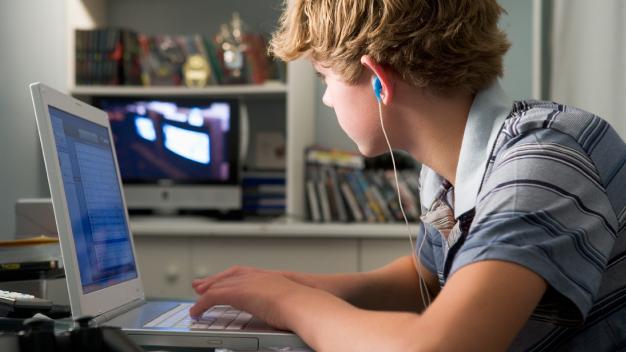 ALWAYS ON: Studie zur Internetnutzung bei Schülerinnen und Schülern in Rheinland-Pfalz.